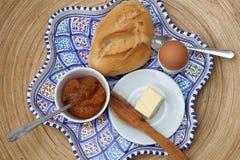Continentaal ontbijt stock foto's