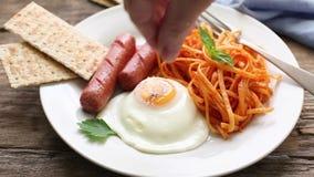 Continentaal ontbijt stock video