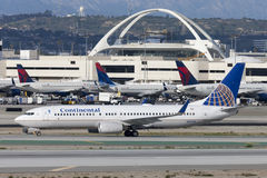 Continental Airlines Boeing 737 airplane at Los Angeles International Airport. Royalty Free Stock Images