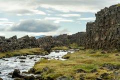 Continentale barst bij thingvellir in IJsland stock afbeeldingen