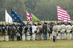 Continentals chega no 225th aniversário da vitória em Yorktown, um reenactment do cerco de Yorktown, onde general Geo Imagem de Stock Royalty Free