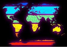 Continenti colorati affettati della mappa di mondo sul nero Fotografie Stock