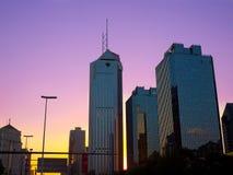 Contorno moderno de los rascacielos Foto de archivo