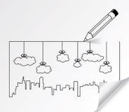 Contornos de la ciudad de edificios y de nubes Foto de archivo