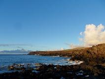 Contour côtier d'île de Pâques images stock