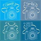 Contour d'appareil-photo de Digital SLR avec la bulle de la parole Photographie stock libre de droits