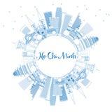 Contour Ho Chi Minh Skyline avec les bâtiments et l'espace bleus de copie Image stock