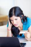 Contrôle de l'équilibre par la carte de crédit Image libre de droits