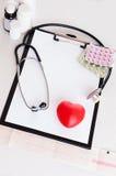 Contrôle médical de coeur Image libre de droits