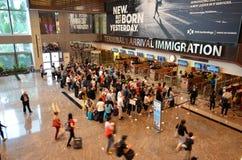 Contrôle d'immigration à l'aéroport international de Changi Images libres de droits