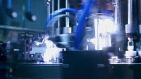Contrôle de qualité médical d'ampoules Machine pharmaceutique à l'usine médicale clips vidéos