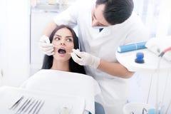 Contrôle dentaire Photographie stock libre de droits