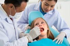 Contrôle des dents images libres de droits
