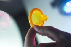 Contraceptif en caoutchouc de préservatif Images stock