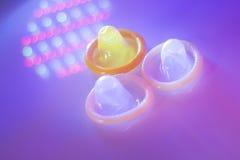 Contraceptif en caoutchouc de préservatif Image stock