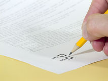 Contract. Choose in contract yes or no Stock Images