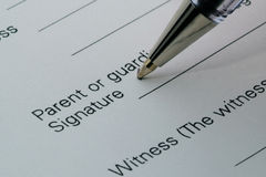Contract. Signing contract closeup. A series Royalty Free Stock Photos