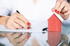 Contract signing of a new house, real estate concept Royalty Free Stock Photography
