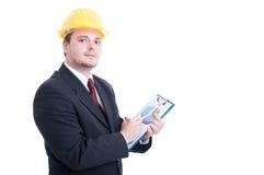 Contractant of verkoper, die financiële grafiek analyseren Stock Fotografie