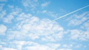 Contrail del jet immagini stock libere da diritti