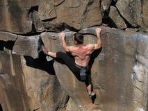 Contraintes de grimpeur de roche image stock