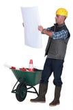 Contramestre com carrinho de mão Fotos de Stock
