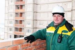 Contramestre de sorriso do trabalhador do construtor imagens de stock
