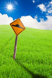 Contrassegni l'azienda agricola del riso di verde del againt del segno Immagini Stock Libere da Diritti