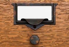 Contrassegno in bianco nel vecchio tiro del cassetto Fotografie Stock