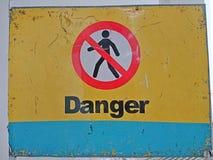 Contrassegno del pericolo fotografia stock libera da diritti