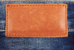 Contrassegno di cuoio in bianco dei jeans Immagine Stock