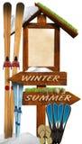 Contrassegno di legno di estate di inverno Immagini Stock