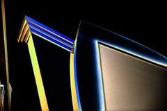 contrast edges den höga tv:n arkivbild