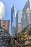 Contrast van NYC bij het World Trade Center, de V.S. stock afbeeldingen