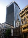 Contraste d'architecture de Londres Photo stock