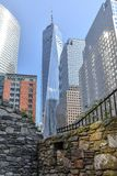 Contraste de NYC en el World Trade Center, los E.E.U.U. imagenes de archivo