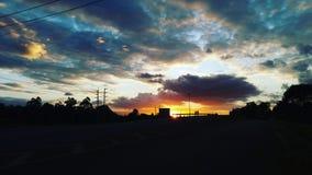 Contraste romântico da cor do por do sol fotografia de stock