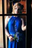 Contrastfoto van de mooie jonge vrouw Stock Afbeeldingen