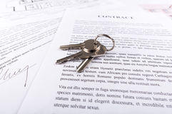 Contrat d'immobiliers Photo stock