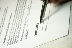 Contrato de empleo Imagen de archivo libre de regalías