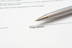 Contrato de firma Imagenes de archivo