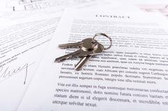 Contrato de las propiedades inmobiliarias Foto de archivo