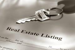 Contrato de lista dos bens imobiliários Imagem de Stock