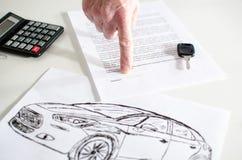 Contrato de vendas do carro Foto de Stock Royalty Free