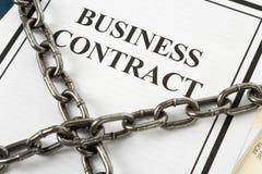 Contratto e catena di affari Immagini Stock Libere da Diritti