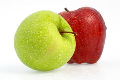 contre des pommes blanches image stock