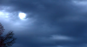 Contre un ciel d'action de grâces Images stock