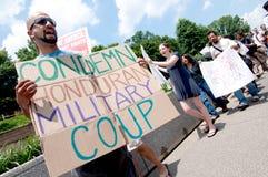contro la protesta dell'Honduras di colpo Fotografie Stock