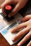 Control de la inmigración Fotos de archivo libres de regalías