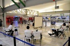 Control de la salud en el aeropuerto Foto de archivo libre de regalías
